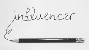 Influencerrel dolgozni...